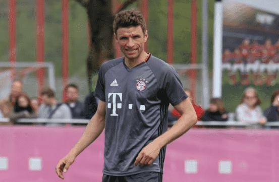 Thomas Muller Raumdeuter